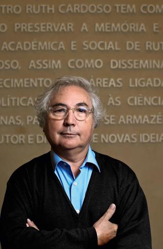 Manuel Castells 001